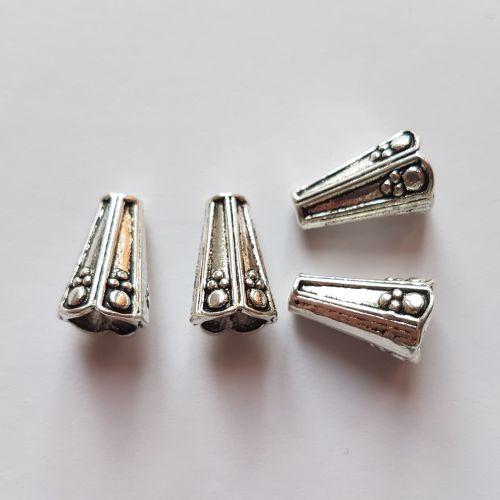 Metallist koonused, 8x13mm, hõbedased, 4 tk