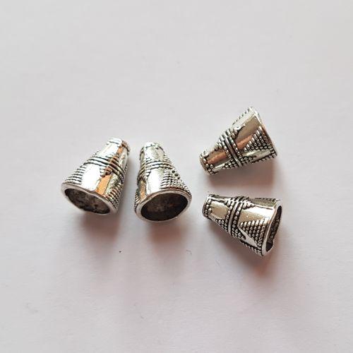 Metallist koonused, 9x12mm, hõbedased, 4 tk