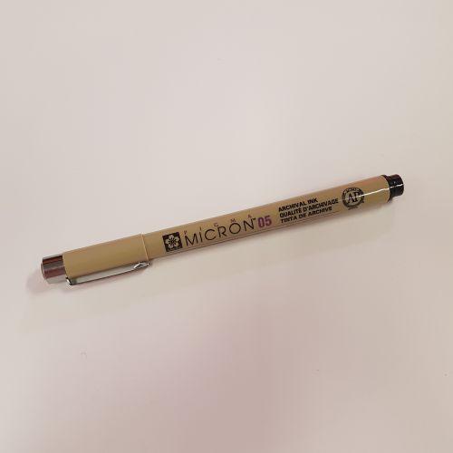 Marker Sakura Pigma Micron 05, must