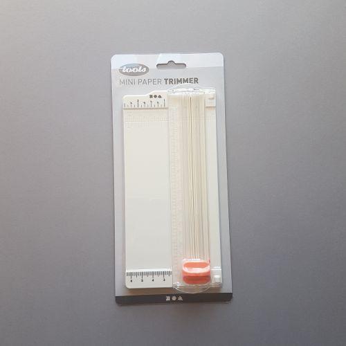 Mini paberitrimmer, A5 pabErile, sirge lõige